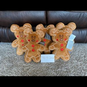 Mickey Mouse gingerbread plush